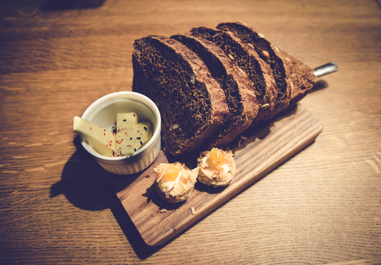 Świeży, lokalny chleb to chluba stolicy Estonii. Zawsze ciemny,  biały widywałam tylko w supermarkecie.